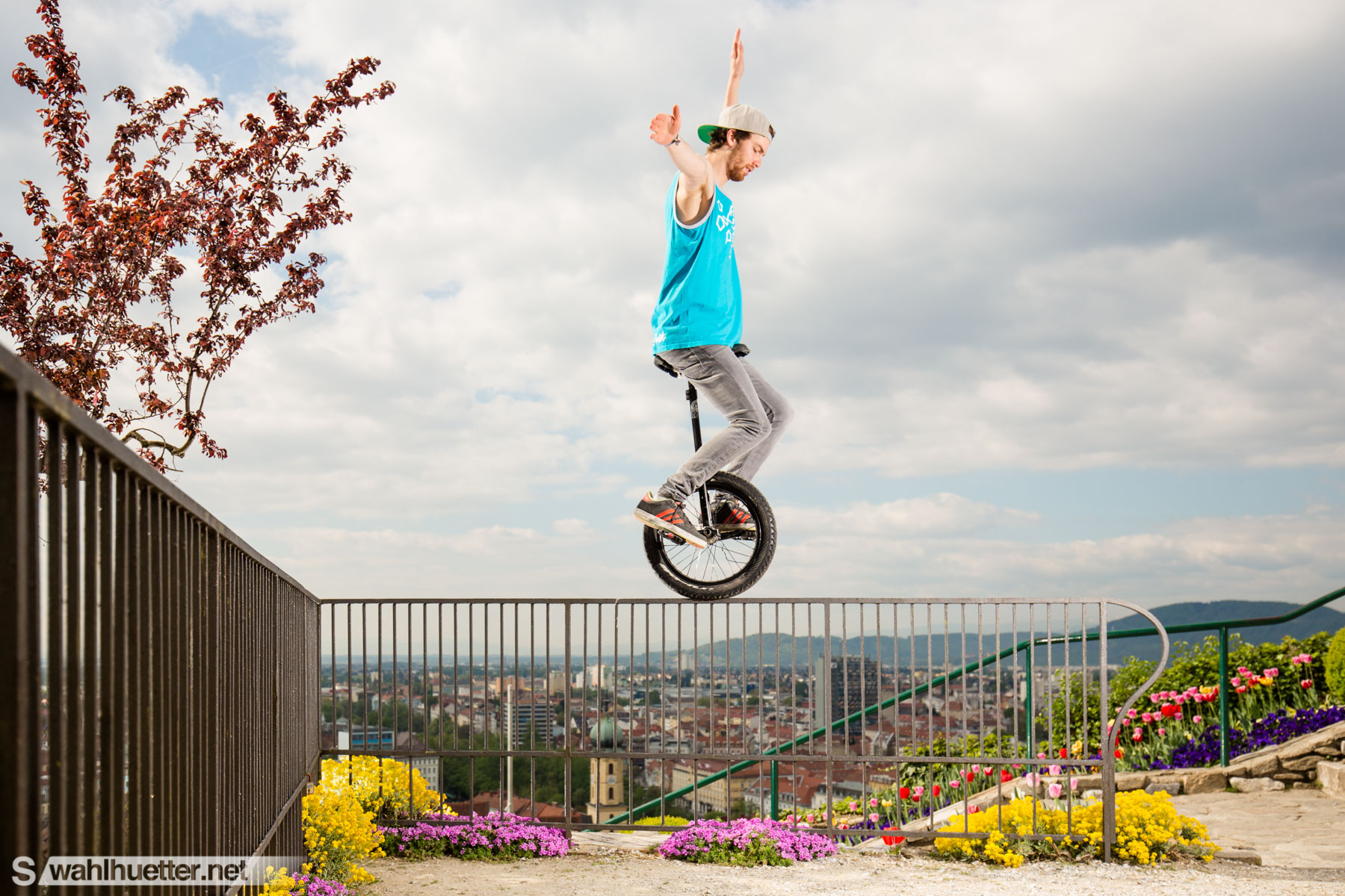 Downhill-Unicycle-4459