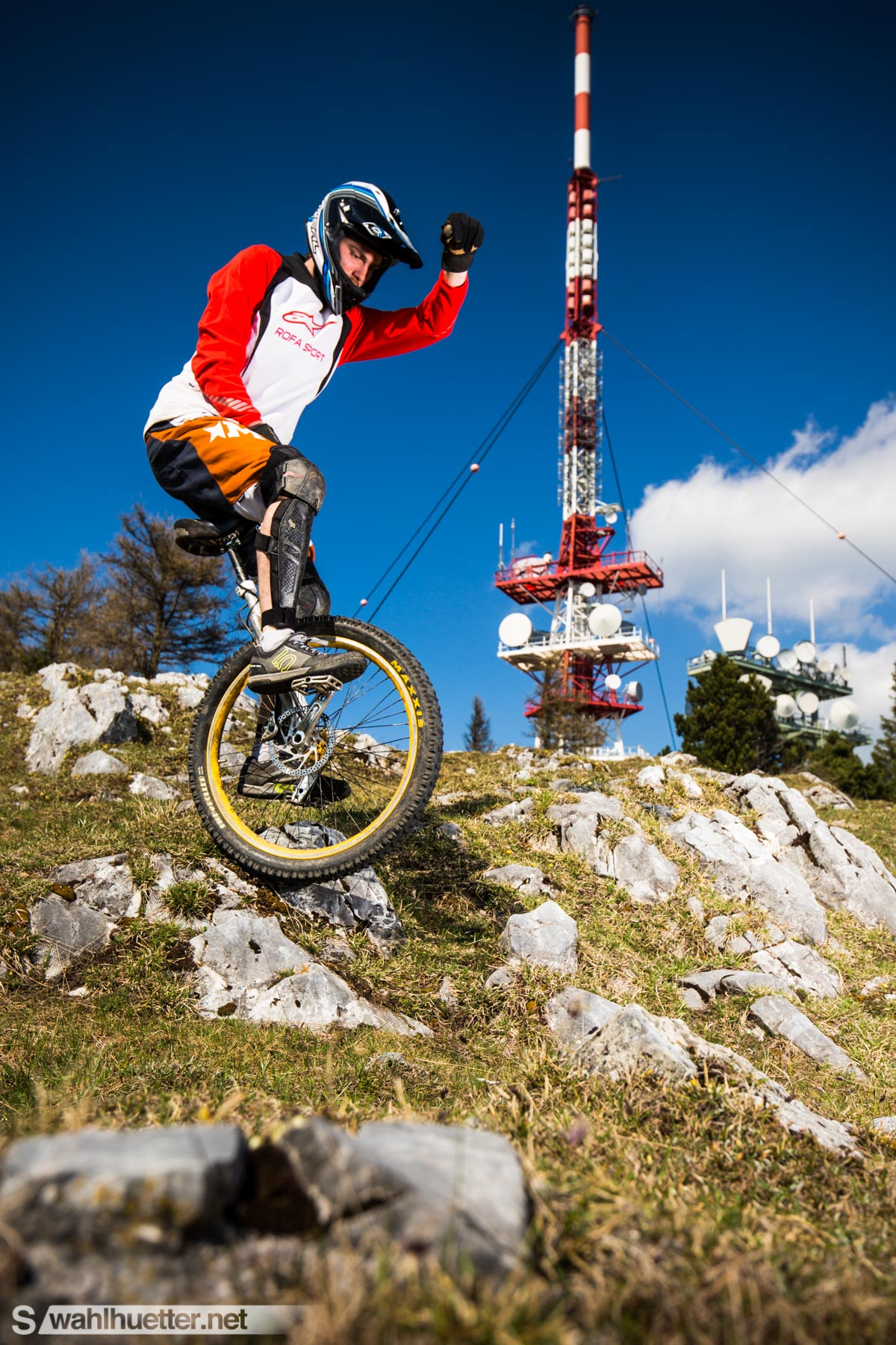 Downhill-Unicycle-4598