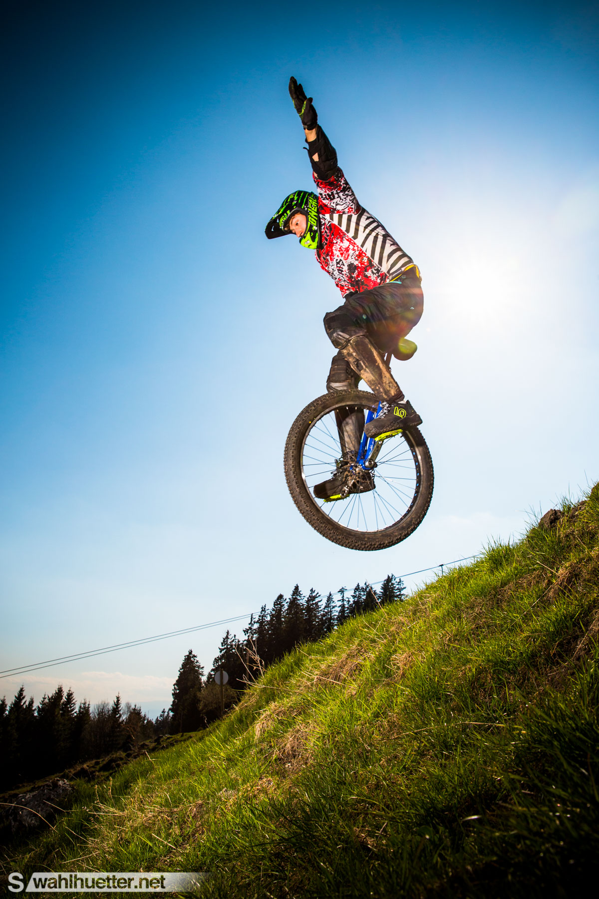 Downhill-Unicycle-4699